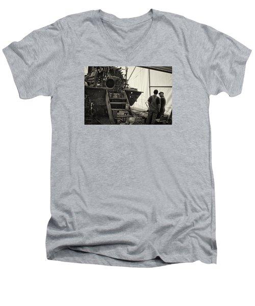Rebirth Of No. 18 Men's V-Neck T-Shirt
