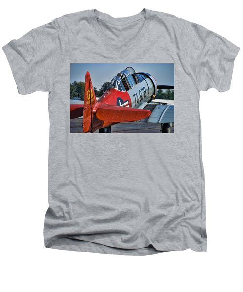Red At-6 Men's V-Neck T-Shirt
