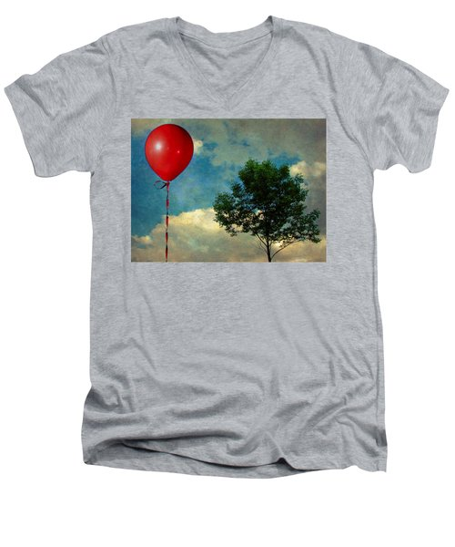 Red Balloon Men's V-Neck T-Shirt