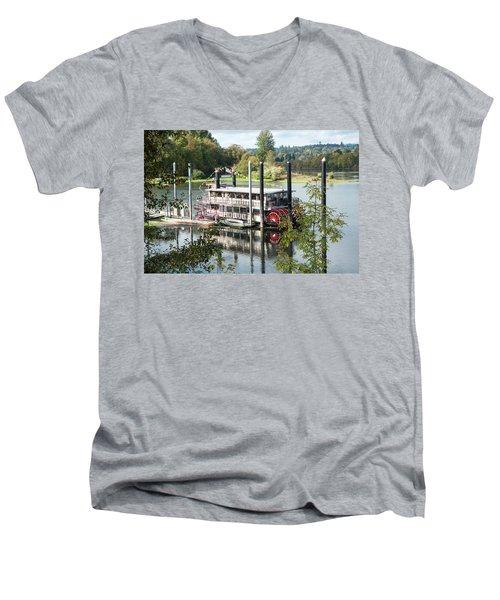 Red Paddle Wheel Men's V-Neck T-Shirt