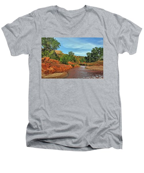 Red River Men's V-Neck T-Shirt
