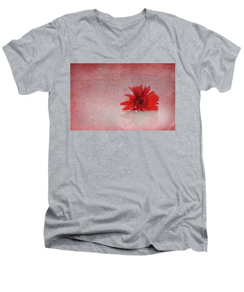 Red Scent Men's V-Neck T-Shirt