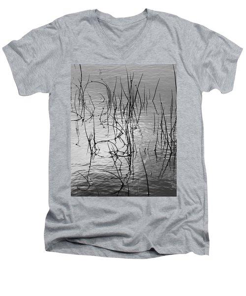 Reeds Men's V-Neck T-Shirt
