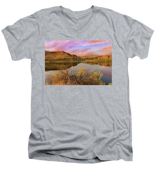 Reflection Of Scenic High Desert Landscape In Central Oregon Men's V-Neck T-Shirt