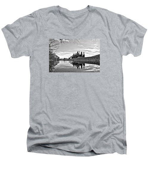 Reflection On The Lehigh Men's V-Neck T-Shirt