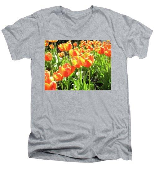 Remembering Men's V-Neck T-Shirt