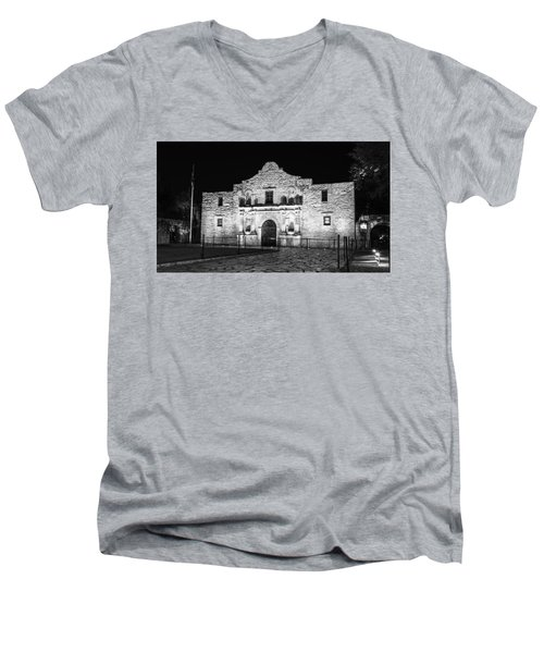 Remembering The Alamo - Black And White Men's V-Neck T-Shirt by Stephen Stookey