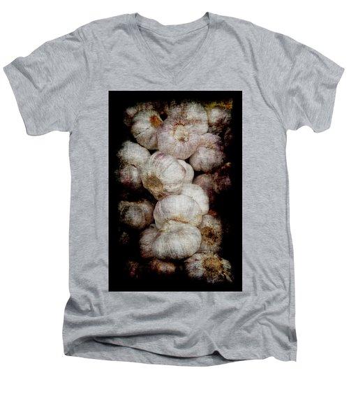 Renaissance Garlic Men's V-Neck T-Shirt