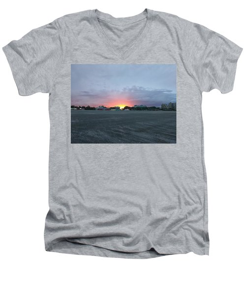 Revere Beach Sunset Men's V-Neck T-Shirt