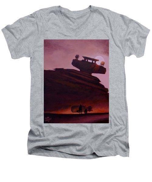 Rey Looks On Men's V-Neck T-Shirt