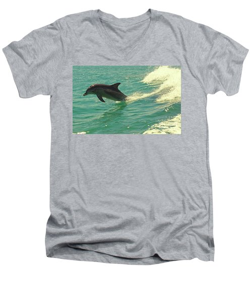 Ride The Wave Men's V-Neck T-Shirt