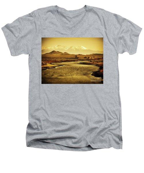 Rio Grande Colorado Men's V-Neck T-Shirt
