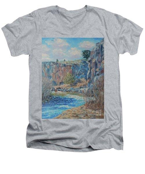 Rio Hondo Men's V-Neck T-Shirt
