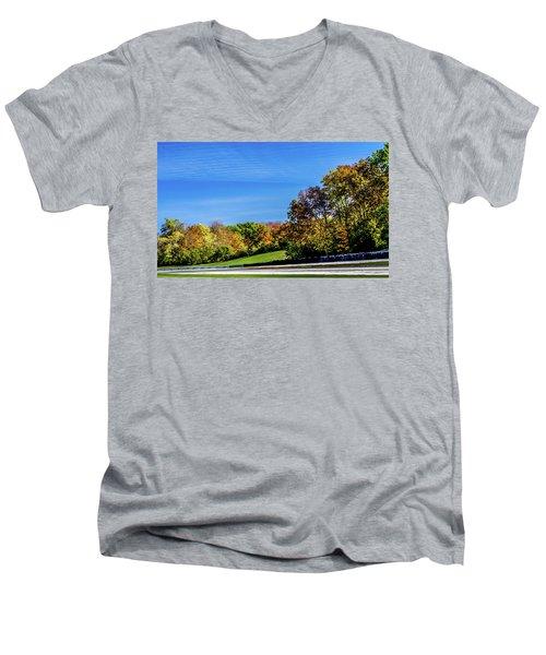 Road America In The Fall Men's V-Neck T-Shirt