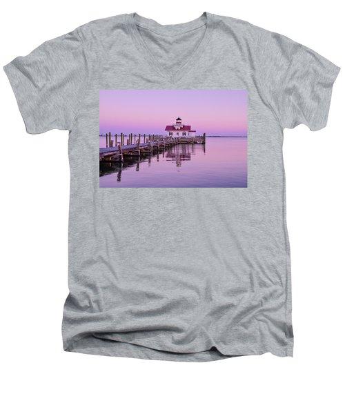 Roanoke Marshes Lighthouse  Men's V-Neck T-Shirt