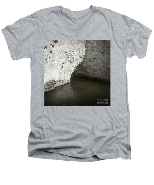 Rock And Water Men's V-Neck T-Shirt
