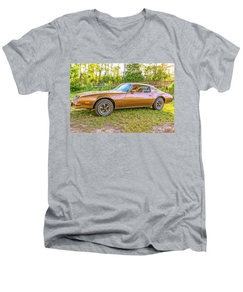 Men's V-Neck T-Shirt featuring the photograph Rocky Drive by Brian Wright