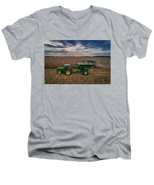 Rolling By Men's V-Neck T-Shirt
