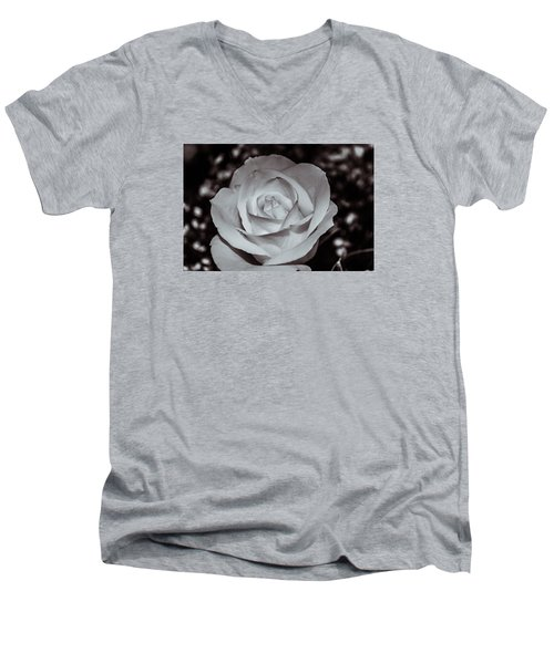 Rose B/w - 9166 Men's V-Neck T-Shirt by G L Sarti