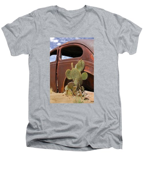 Route 66 Cactus Men's V-Neck T-Shirt