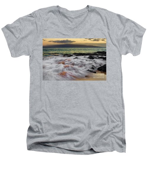 Running Wave At Keawakapu Beach Men's V-Neck T-Shirt