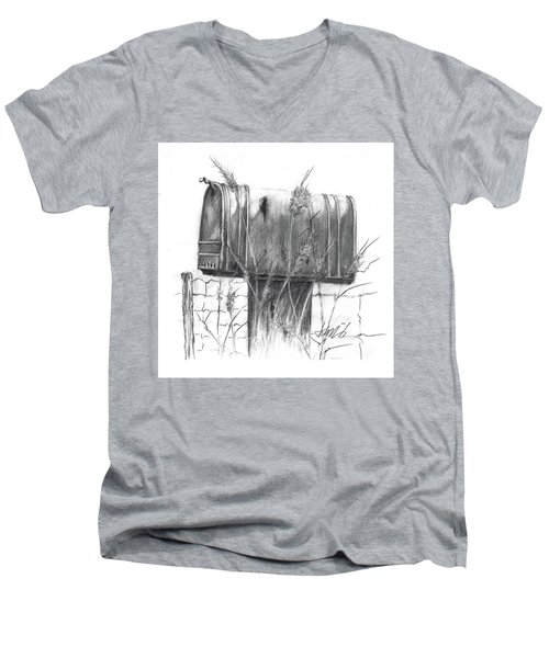 Rural Country Mailbox Men's V-Neck T-Shirt