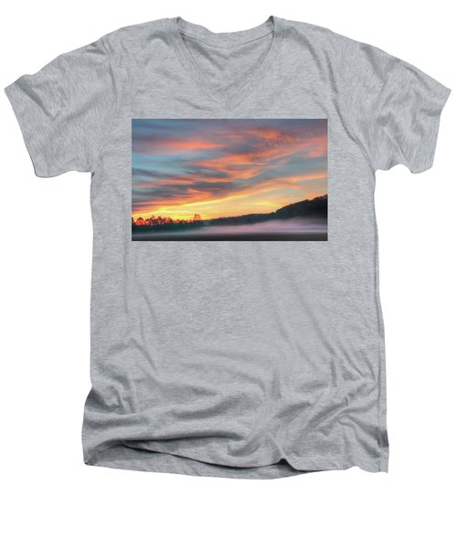 Rural Missouri Sunrise Men's V-Neck T-Shirt