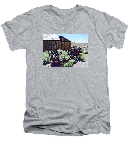 Rust Sleeps Men's V-Neck T-Shirt