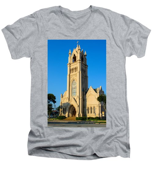 Saint Patrick Catholic Church Of Galveston Men's V-Neck T-Shirt