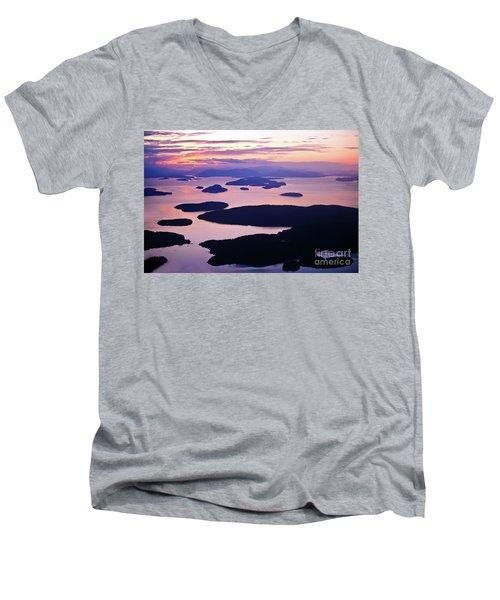 San Juans Tranquility Men's V-Neck T-Shirt