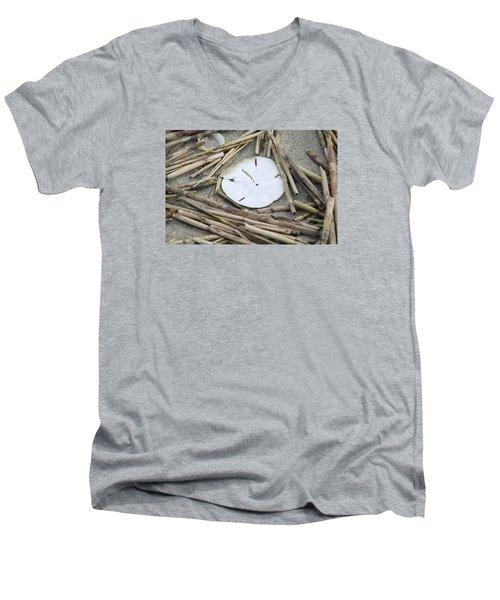 Sand Dollar Salad Men's V-Neck T-Shirt