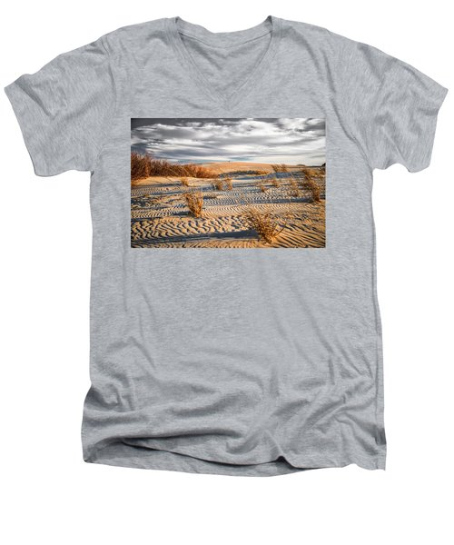 Sand Dune Wind Carvings Men's V-Neck T-Shirt