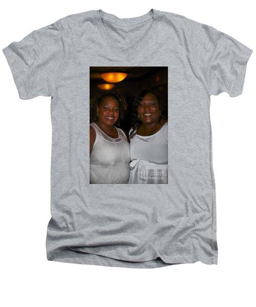 Sanderson - 4546.1 Men's V-Neck T-Shirt