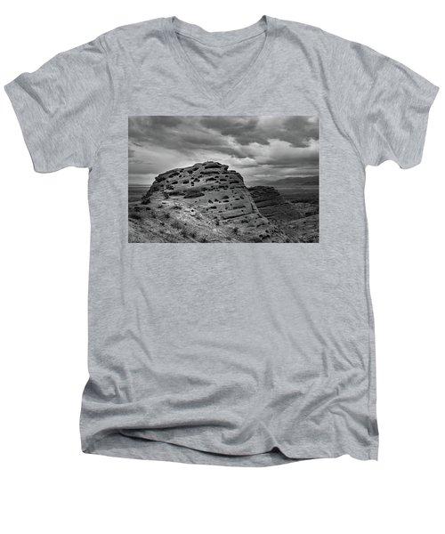 Sandstone Butte Men's V-Neck T-Shirt