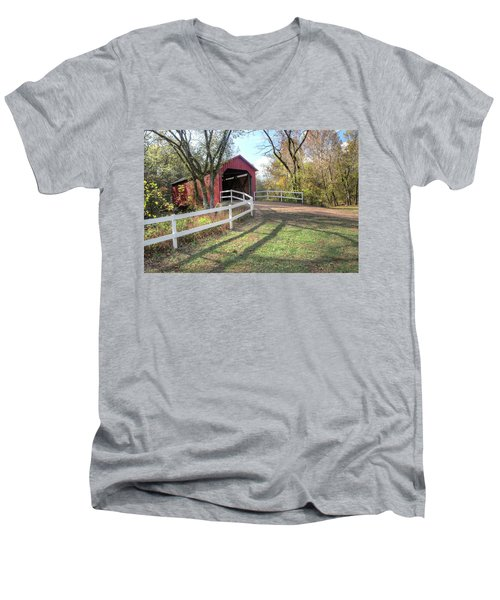 Sandy Creek Covered Bridge Men's V-Neck T-Shirt