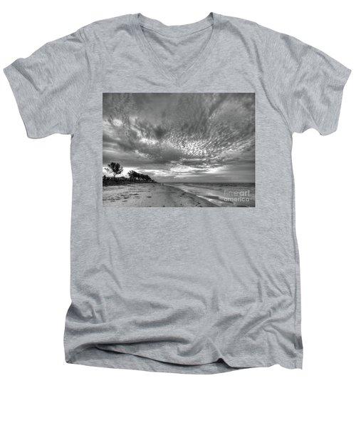 Sanibel Island Sunrise In Black And White Men's V-Neck T-Shirt