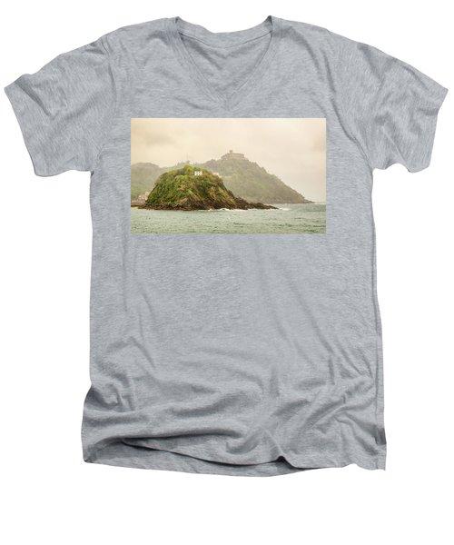 Santa Clara Island Men's V-Neck T-Shirt