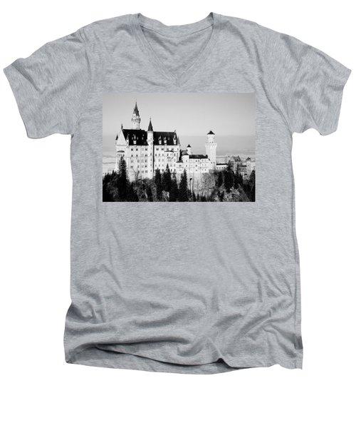 Schloss Neuschwanstein  Men's V-Neck T-Shirt