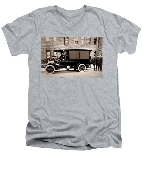 Scranton Pennsylvania  Bureau Of Police  Paddy Wagon  Early 1900s Men's V-Neck T-Shirt