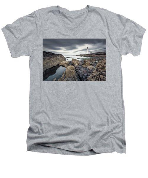 Scurdie Ness 1 Men's V-Neck T-Shirt