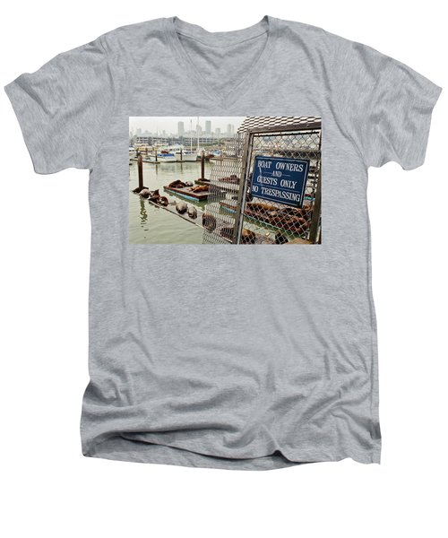 Sea Lions Take Over, San Francisco Men's V-Neck T-Shirt