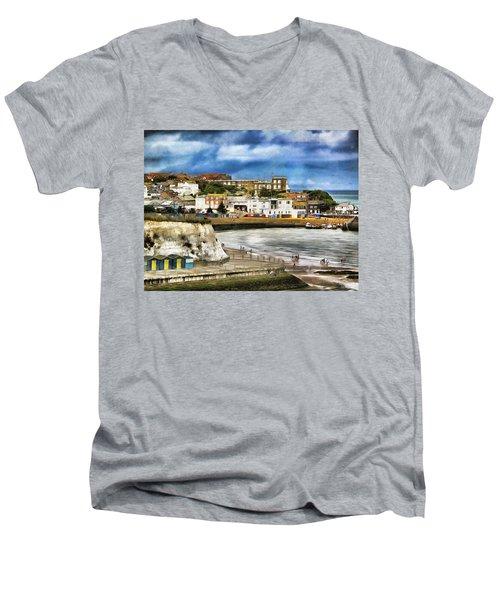 Seafront Broadstairs Kent Men's V-Neck T-Shirt