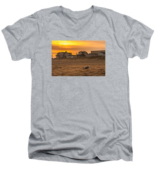 Seagull At Sunset Men's V-Neck T-Shirt