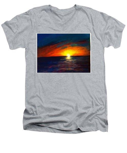Seaset  Men's V-Neck T-Shirt