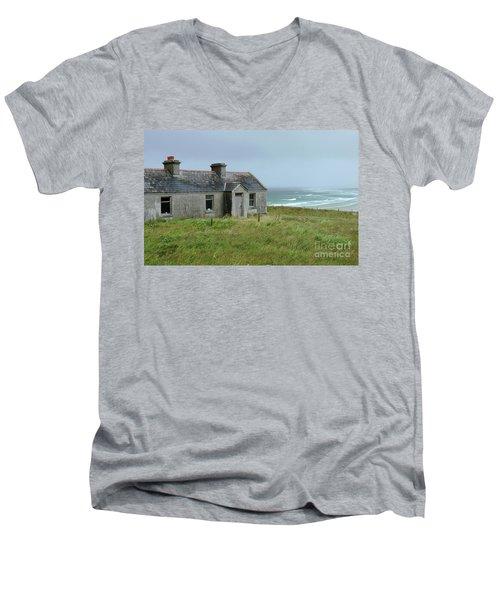 Seaside Cottage Belmullet Men's V-Neck T-Shirt