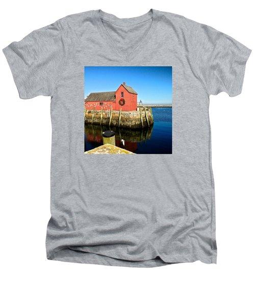 Season's Greetings Rockport Ma Men's V-Neck T-Shirt