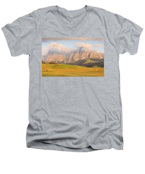 Seiser Alm Men's V-Neck T-Shirt