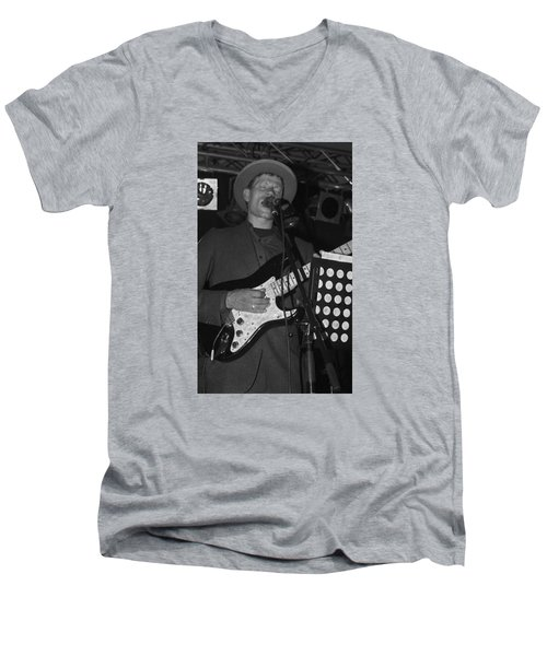 Serenading Guitar Man Men's V-Neck T-Shirt