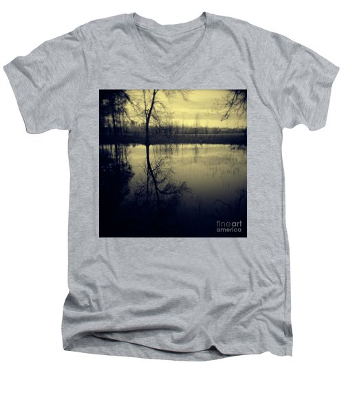 Series Wood And Water 5 Men's V-Neck T-Shirt