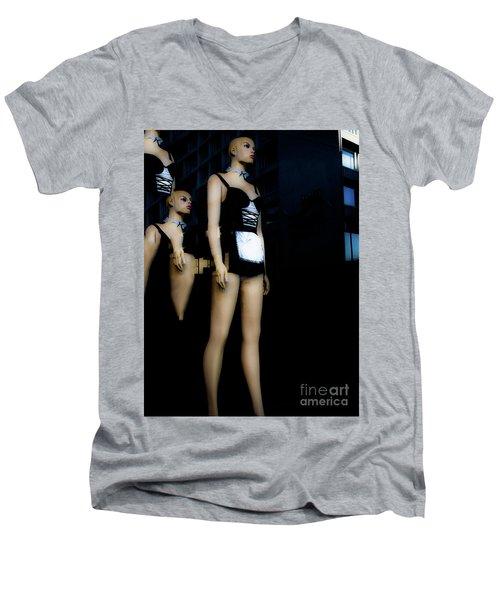 Serveuse Men's V-Neck T-Shirt